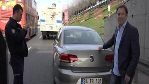 Ünlü oyuncu Şoray Uzunun aracına TOMA çarptı