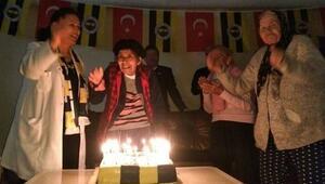 Fenerbahçeliler Derneği'nden Huzurevi sakinlerine ziyaret
