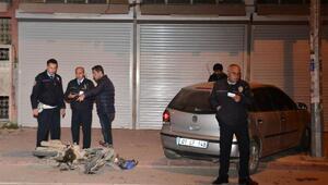 Polis aracıyla çarpışan motosikletteki 2 kişi yaralandı