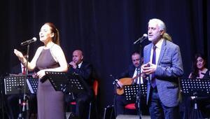 Akademisyenlerden Sezen Aksu'nun 'Sorma' şarkısı