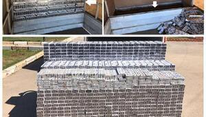 Diyarbakırda kamyonetten 13 bin 510 paket kaçak sigara çıktı