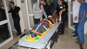 Engelli genç 2. kattan düştü