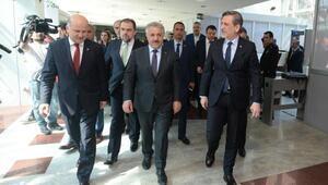Bakan Arslan: Türkiye çift başlılıktan çok çekti (2)