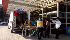DEAŞ, Azezde bomba yüklü araç patlattı (2)