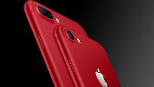 Kırmızı iPhone 7 ve iPhone 7 Pluslara yoğun ilgi