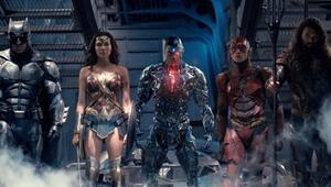 Justice Leaguein ilk fragmanı yayında İzleyin
