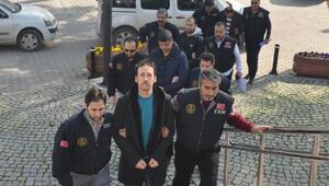 Bursada FETÖ operasyonunda gözaltına alınan 3 öğretmen tutuklandı
