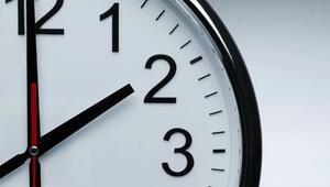 Saat kaç Avrupa yaz saati uygulamasına geçti, Türkiyede Twittera yorum yağdı