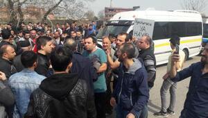 Bursa'da uyuşturucuyu protesto eden mahalleli yol kapattı