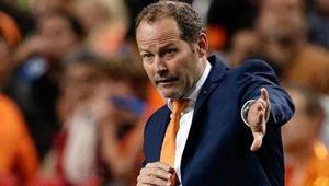 Hollandada bir dönemin sonu Görevine son verildi...