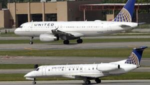 Havalimanında skandal Tayt giydikleri için uçağa binemediler