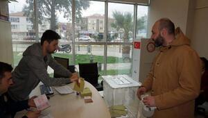 Ayvalık Deniz Hudut kapısında ilk oylar verilmeye başladı