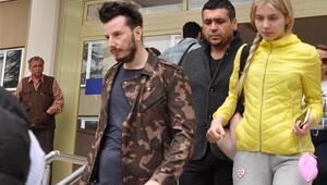 Aleyna Tilki ile birlikte hastaneden çıktı