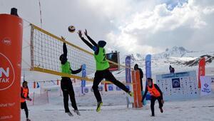 Üniversitelerarası Kar Voleybolu Kupası, Erciyeste yapıldı