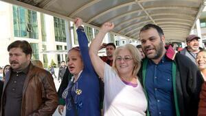 Ak Partili gruba saldırdığı iddia edilen CHPli kadınlar adliyede (3)