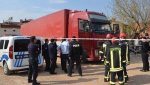 Macaristan uyruklu TIR şoförü aracında ölü bulundu