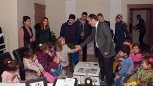 Miniklerden Başkan Vekili Akgüle teşekkür ziyareti