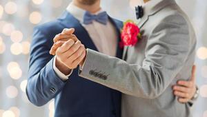 Almanya'da eşcinsel evlilik tartışılıyor