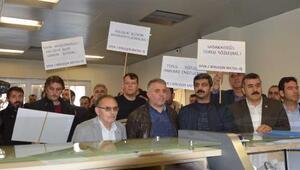 Asil Çelik işçilerinden bakanlığa faks eylemi