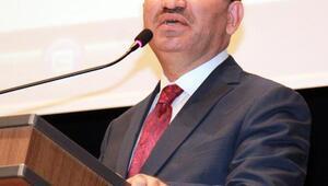 Bakan Bozdağ: Alman gazeteleri Türkçe manşetlerle hayır çıkması için büyük çaba gösteriyor(2)