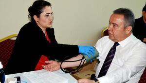 İlk kan bağışı Böcekten