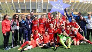 Konak Belediyespor-Karadeniz Ereğli Belediyespor: 4-0