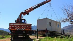 Heyelan bölgesine konteyner ev