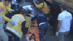 Fatihte hafriyat kamyonu bir kadını ezdi