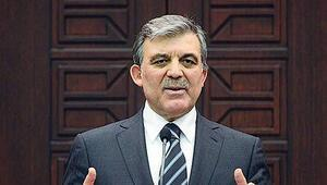 Gül'den bayrak hamlesine eleştiri