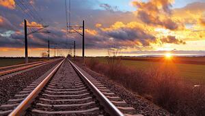 Bakan Arslandan Doğu Karadenize tren müjdesi