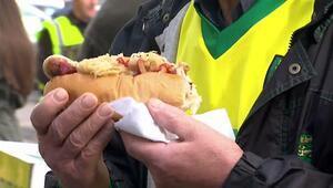 Avrupada futbol taraftarları ne yiyor