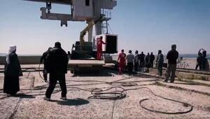 Mühendisler onarım yaparken, DEAŞ Tabka barajına havanlarla saldırdı