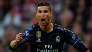 Real Madrid'in Ronaldo'su var! Tarih yazdı...