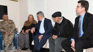 Tut Haberleri: Vali Pekmez'den şehit ailesine ziyaret 41