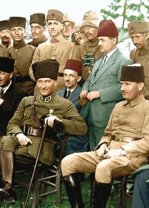 AK Parti biraz da Atatürkçülük yapacakmış
