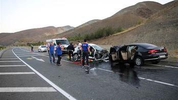 SON DAKİKA: Erzincan'da trafik kazası: 7 ölü, 3 yaralı