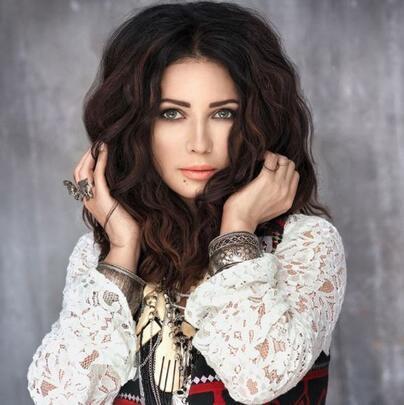 Ukraynalı rock yıldızı 'Genç gösteriyorsun' denilerek Türkiye'de gözaltına alındı