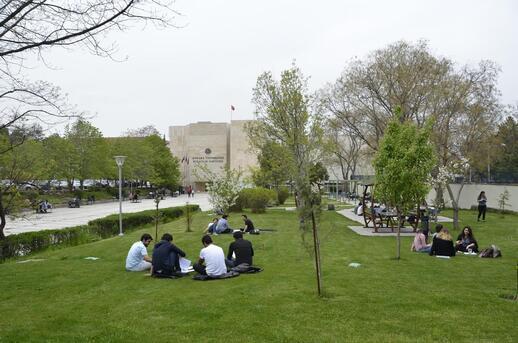 Ankara Üniversitesi gibi bir kent hayal ediyorum
