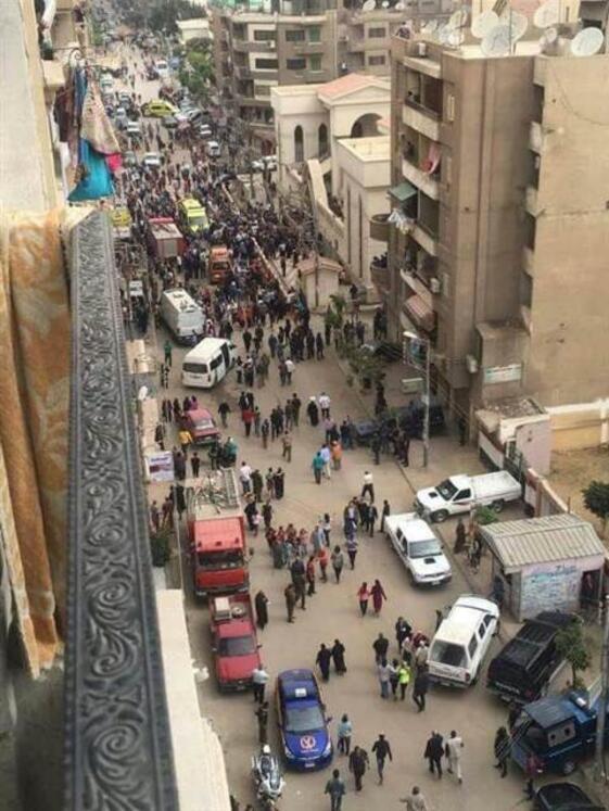 Mısırda son dakika gelişmesi Kilisede patlama...Çok sayıda ölü var