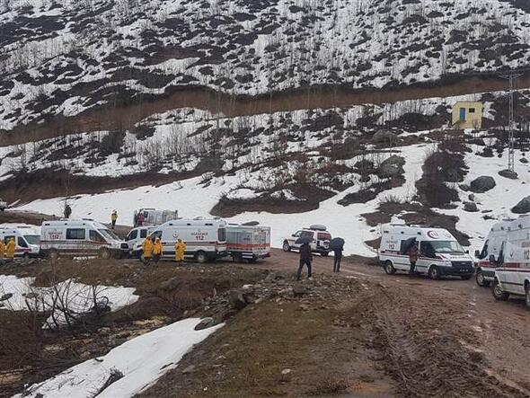 Tuncelide polis helikopterinin düştüğü bölgeden ilk kareler