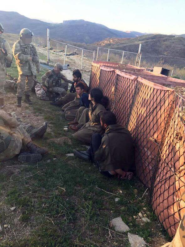 Tunceli'de PKK'lı teröistlerin böyle teslim oldu