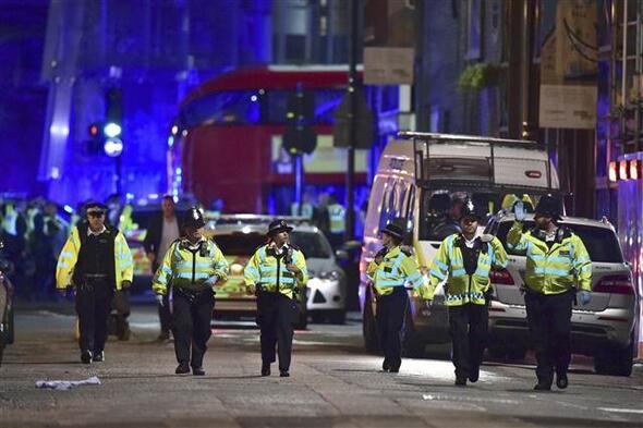 İngilterede terör saldırısı...