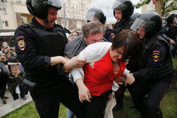 Moskova'da muhalif gösteriye müdahale