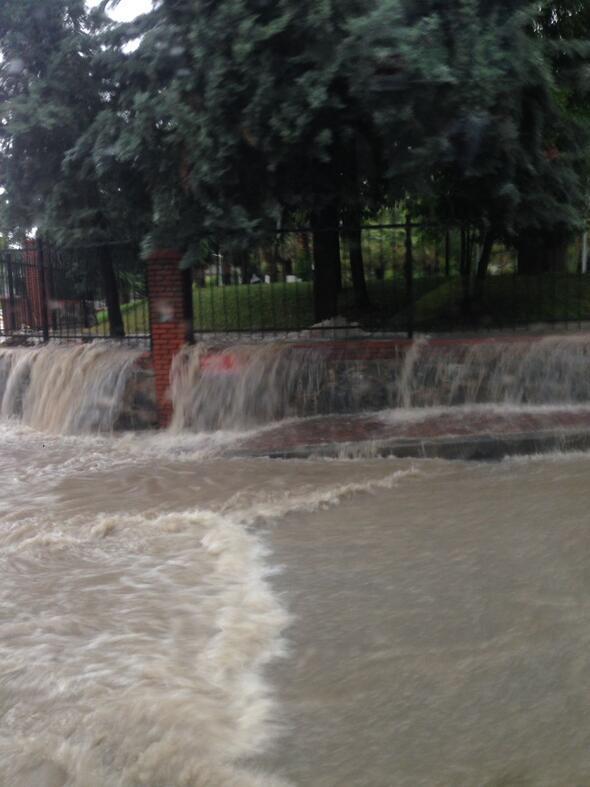 A park át lett alakítva aquaparkká - Forrás: Hürriyet