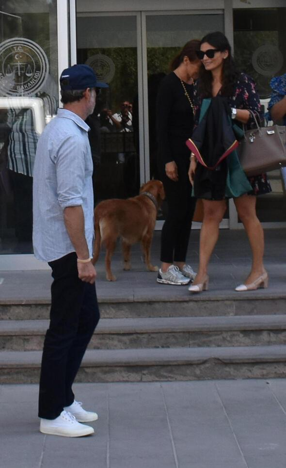 Murat Başoğlu ve boşandığı eşi Hande Bermek Başoğlu mahkemeden birlikte ayrıldı