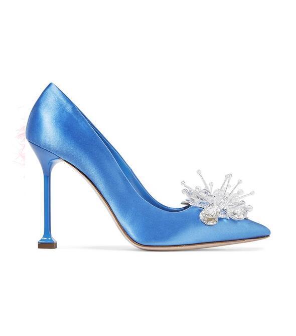 Gelinliğin altında muhteşem duracak gelin ayakkabıları