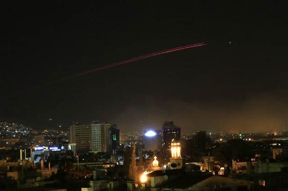 İşte Suriyeden ilk fotoğraflar... Üç ülke füzeler ve uçaklarla vuruyor