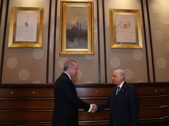 Erdoğan ve Bahçeli görüşmesi başladı