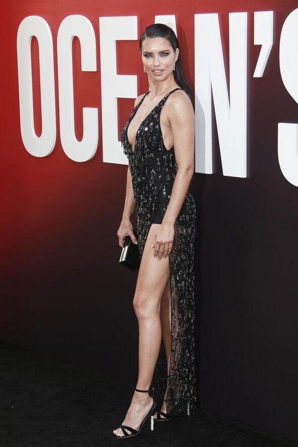 Bacaklar Angelina