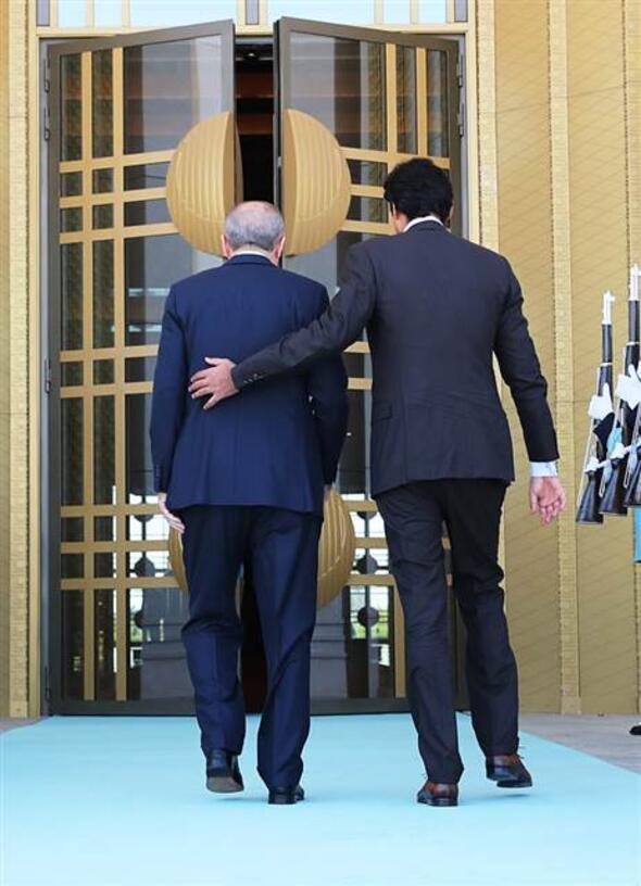 Katar Emiri geldi, önemli görüşme başladı